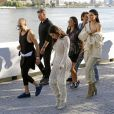 "Kim Kardashian et Kendall Jenner - Défilé ""YEEZY Season 4"" à New York le 7 septembre 2016."