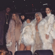Kris Jenner, Lamar Odom, Khloé Kardashian, Kylie Jenner, Kim Kardashian, Kendall Jenner, Kourtney Kardashian et North West assistent à la présentation YEEZY (collection Season 3) au Madison Square Garden. New York, le 11 février 2016.