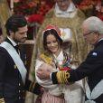 Le prince Carl Philip de Suède, la princesse Sofia de Suède, le prince Gabriel de Suède et le roi Carl XVI Gustaf de Suède - Baptême du prince Gabriel de Suède à la chapelle du palais Drottningholm à Stockholm, Suède, le 1er décembre 2017.
