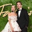 Poppy Delevingne et son mari James Cookaux Fashion Awards 2017 au Royal Albert Hall à Londres, le 4 décembre 2017