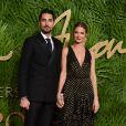 Hugo Taylor et sa fiancée Millie Mackintoshaux Fashion Awards 2017 au Royal Albert Hall à Londres, le 4 décembre 2017
