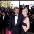 Johnny et Laeticia Hallyday lors de la cérémonie de clôture du 52e festival de Cannes le 23 mai 1999.