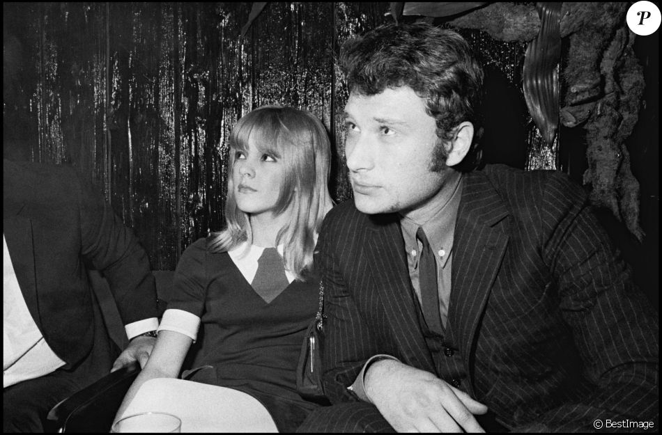 johnny hallyday et sylvie vartan en 1967 purepeople. Black Bedroom Furniture Sets. Home Design Ideas