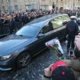 Arrivée du convoi funéraire de la dépouille du chanteur Johnny Hallyday et des personnalités sur la place de La Madeleine à Paris. Le 9 décembre 2017 © CVS / Bestimage