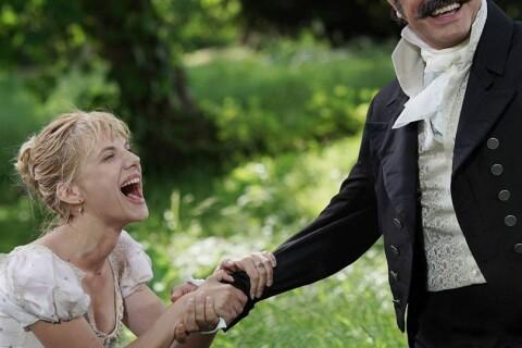 Jean Dujardin, héros sur le retour et hilarant face à Mélanie Laurent