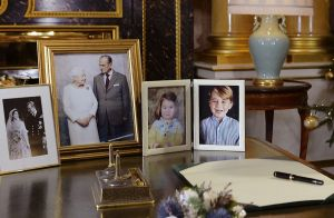 Elizabeth II : Son tendre message à son mari Philip, son hom(m)e en or