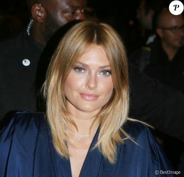 Caroline Receveur - Arrivées à la soirée L'Oréal Paris X Balmain à l'école Nationale de Médecine à Paris. Le 28 septembre 2017 © CVS-Veeren / Bestimage