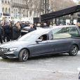 Le véhicule funéraire avec le cerceuil de la dépouille du chanteur - Obsèques de Johnny Hallyday en l'église La Madeleine à Paris, France, le 9 décembre 2017. © Christophe Aubert/Bestimage