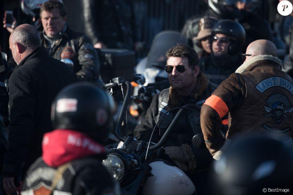Exclusif - Philippe Lellouche dans le convoi des Bikers pour les obsèques de Johnny Hallyday à Paris. Le 9 décembre 2017