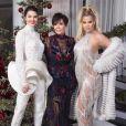 Kris Jenner et ses filles Kendall Jenner et Khloé Kardashian. Décembre 2017.