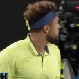 Jo-Wilfried Tsonga perd son sang froid contre un spectateur lors de son match contre Nick Kyrgios à l'Open d'Australie, le 19 janvier 2018.