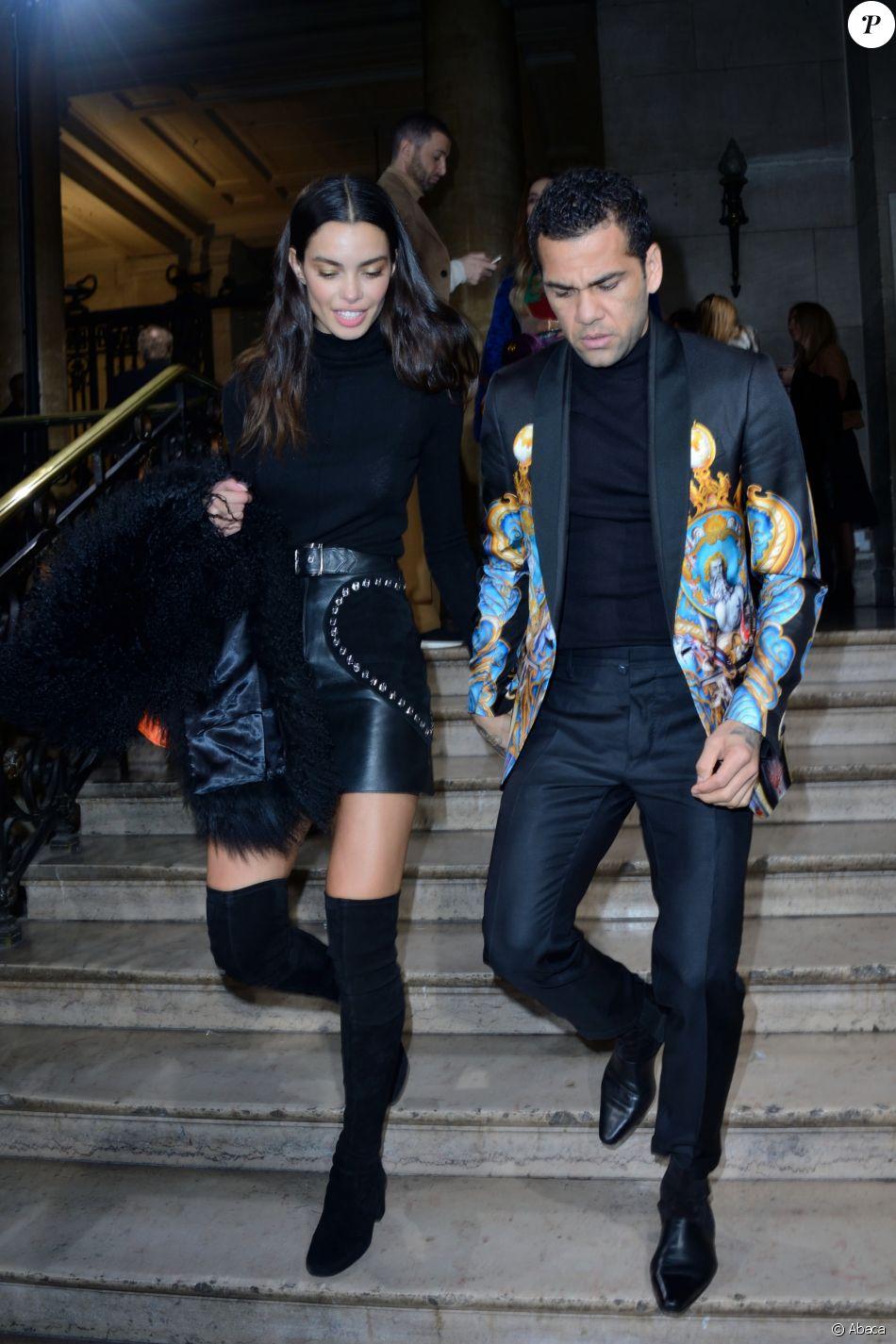 Dani Alves et sa compagne Joana Sanz - Défilé Georges Hobeika, collection Haute Couture printemps-été 2018-2019 à Paris, le 22 janvier 2018.
