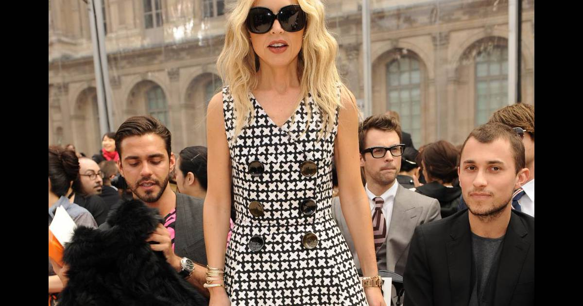 Rachel zo toujours styl e normale pour une styliste for Robes blanches simples pour le mariage de palais de justice