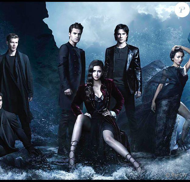"""Affiche de la série """"The Vampire Diaries"""" diffusée entre 2009 et 2017 sur la chaîne The CW."""
