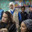 L'ambassadrice de bonne volonté du Haut commissariat de l'ONU pour les réfugiés (HCR) Angelina Jolie visite le camp de réfugiés syriens de Zaatari en Jordanie le 28 janvier 2018. Angelina était accompagnée de ses filles Shiloh et Zahara. UNHCR