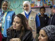 """Angelina Jolie """"bouleversée"""" face aux réfugiés avec Shiloh et Zahara"""