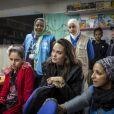 """L'ambassadrice de bonne volonté du Haut commissariat de l'ONU pour les réfugiés (HCR) Angelina Jolie visite le camp de réfugiés syriens de Zaatari en Jordanie le 28 janvier 2018. Angelina était accompagnée de ses filles Shiloh et Zahara.  UNHCR Special Envoy Angelina Jolie talks to Syrian children at Za'atari camp in Jordan, on January 28, 2018.. during her visit Angelina Jolie urges international community to find """"principled end to this senseless war.""""28/01/2018 - Zaatari"""