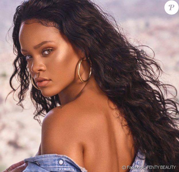 Rihanna pour FENTY BEAUTY. Décembre 2017.