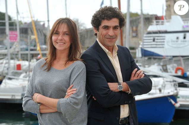 Abdelhafid Metalsi et Carole Bianic posent pour le photocall de la serie ' Cherif ' durant le 15e Festival de la Fiction Tv de La Rochelle le 13 septembre 2013.