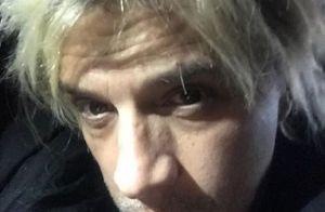 Nicola Sirkis passe au blond platine: