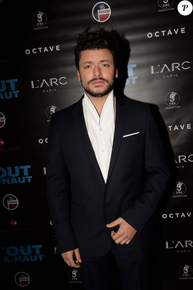 "Exclusif - Kev Adams - After-party du film ""Tout là-haut"" au club l'Arc à Paris, France, le 7 décembre 2017. Evènement organisé par Five Eyes Production. © Rachid Bellak/Bestimage"