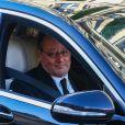 Jean Reno - Arrivée du convoi funéraire à l'église de La Madeleine lors des obsèques de Johnny Hallyday à Paris le 9 décembre 2017.