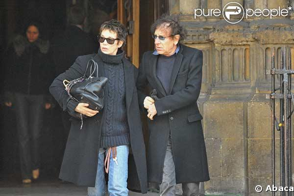 jane birkin et alain souchon la sortie de l 39 glise. Black Bedroom Furniture Sets. Home Design Ideas