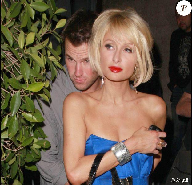 Paris Hilton et son nouveau toyboy à Los Angeles