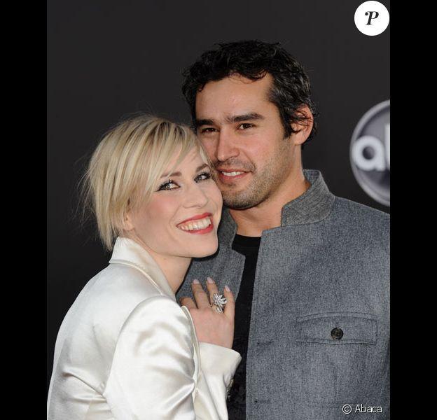 La chanteuse anglaise Natasha Bedingfield et son fiancé Matthew Robinson aux American Music Awards 2008 en novembre 2008