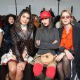 """Camila Coelho, Aimee Song et Camilla Deterre - People au défilé de mode """"Chloé"""", collection prêt-à-porter automne-hiver 2018/2019, à Paris le 1er mars 2018"""