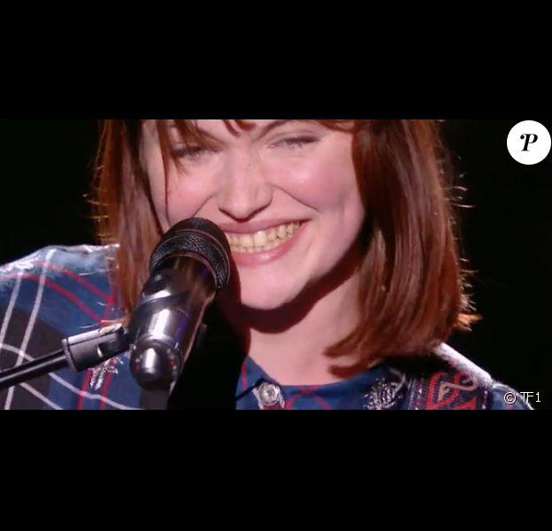 """Chloé dans """"The Voice 7"""" sur TF1 le 3 mars 2018."""