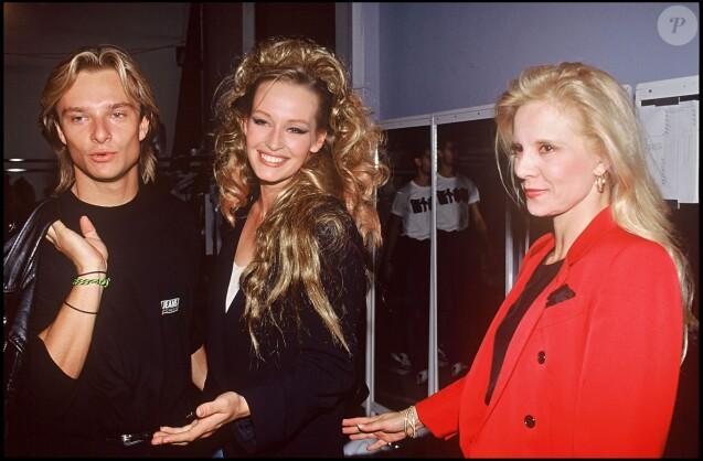 David Hallyday, Estelle Lefébure et Sylvie Vartan en 1990.