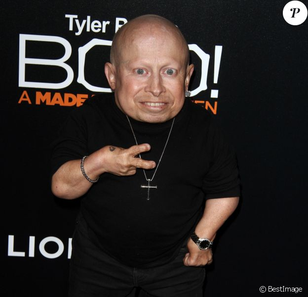 Verne Troyer à la première de ''Tyler Perry's Boo! A Madea Halloween' au Arclight Cinerama Dome à Hollywood, Le 17 octobre 2016
