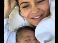 Kylie Jenner naturelle pour un tendre moment avec sa fille