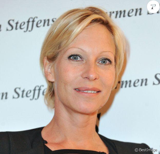 Rebecca Hampton - Inauguration de la nouvelle boutique Carmen Steffens à Cannes. Le 13 décembre 2013.