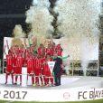 Les joueurs de l'équipe de Franck Ribéry et l'entraîneur Carlo Ancelotti - Le Bayern Munich gagne la Supercoupe en battant le Borussia Dortmund à Dortmund, le 5 août 2017.