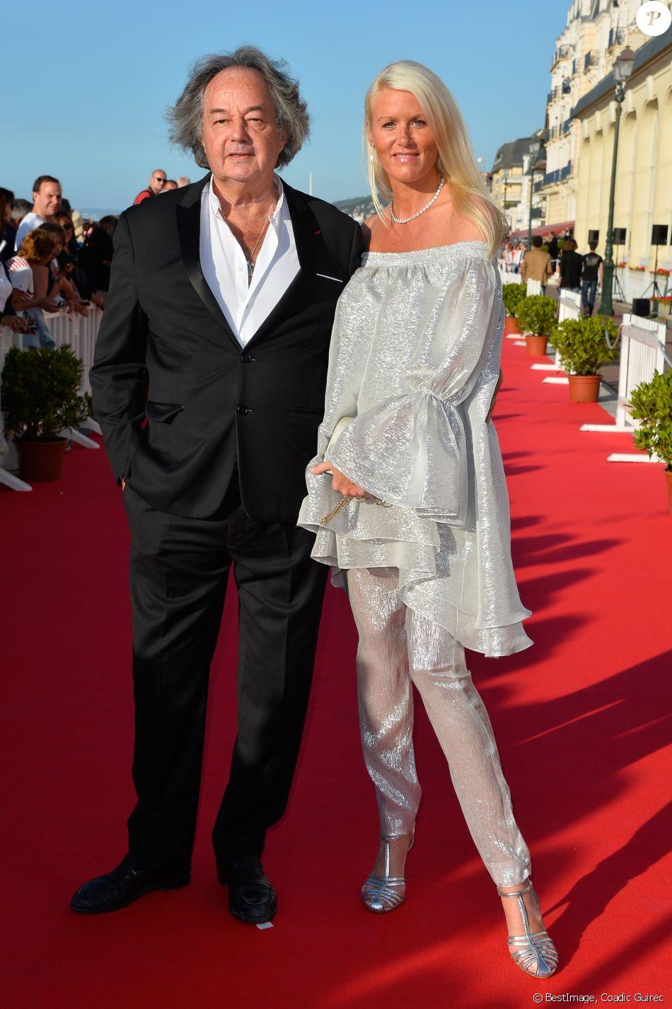 Gonzague Saint Bris et sa compagne Alice Bertheaume lors du 31e Festival du film romantique de Cabourg le 16 juin 2017. L'écrivain a trouvé la mort dans un accident de la route dans la nuit du 7 au 8 août 2017 ; Alice, qui était au volant, a survécu. © Coadic Guirec/Bestimage