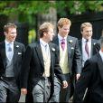 Le prince Harry au mariage de Nicholas van Cutsem et Alice Haddon le 14 août 2009 à Londres.