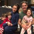 Jessica Mulroney, son mari Benedict et leurs enfants Ivy et les jumeaux Bryan et John, qui seront flower girl et pageboys au mariage de Meghan Markle, meilleure amie de leur mère, et du prince Harry. Photo Instagram Noël 2017.