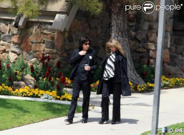 Jean-Michel Jarre et sa soeur Stéphanie, à l'enterrement de leur père Maurice Jarre. 02/04/09