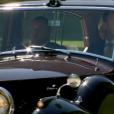 Meghan Markle, dans sa robe de mariée, quittant le Cliveden House Hotel avec sa mère Doria Ragland pour se rendre à Windsor le 19 mai 2018, jour de son mariage avec le prince Harry.
