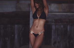 Halle Berry, 51 ans : Divine en lingerie, elle embrase les réseaux sociaux