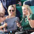 Estelle Lefébure et ses enfants, son fils Giuliano Ramette et sa fille llona Hallyday dans les tribunes des internationaux de Roland Garros - jour 5 - à Paris, France, le 31 mai 2018. © Cyril Moreau - Dominique Jacovides/Bestimage