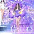 Iris Mittenaere en body sexy aux côtés des cinq finalistes - Concours Miss France 2018. Sur TF1, le 16 décembre 2017.