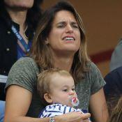 Amélie Mauresmo victorieuse à Roland-Garros, encouragée par ses enfants