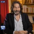"""Frédéric Beigbeder, ancien compagnon de Laura Smet, dans """"Johnny/Laeticia : à la vie à la mort"""", une enquête diffusée par BFMTV le 11 juin 2018."""