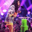 Selena Gomez, habillée d'une robe Dolce & Gabbana aux Nickelodeon's Kids Choice Awards 2014.