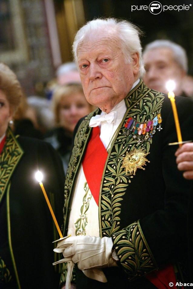 Maurice Druon est décédé le 14 avril 2009, à quelques jours de ses 91 ans
