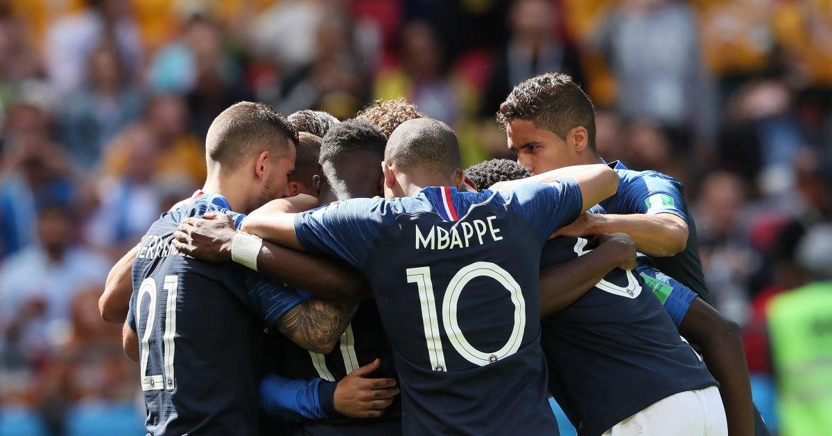 L 39 quipe de france match de coupe du monde de la france contre l 39 australie au stade kazan - Match de coupe de france ...