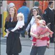 Marcia Cross et ses jumelles sur le tournage de Desperate Housewives
